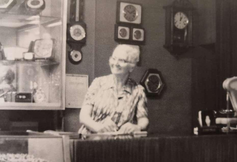 Maria Cicchetti alla Gioielleria Burnazzi di Rimini